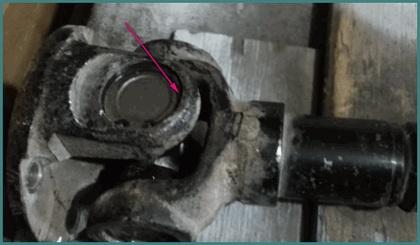 Замена крестовины карданного вала Нивы, обзор-1