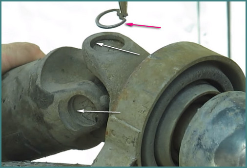 Замена крестовины карданного вала ВАЗ 2107, анализ-1