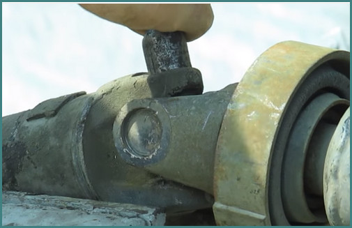 Замена крестовины карданного вала ВАЗ 2107, анализ-2