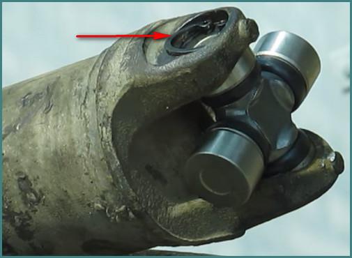 Замена крестовины карданного вала ВАЗ 2107, анализ-6