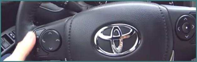Недочеты и минусы автомашины Тойота РАВ 4 в отзывах